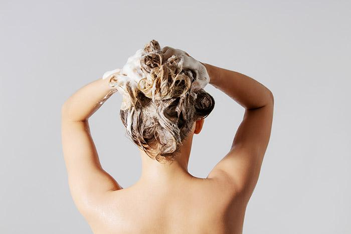 Choosing the Best Shampoo for Your Hair Type