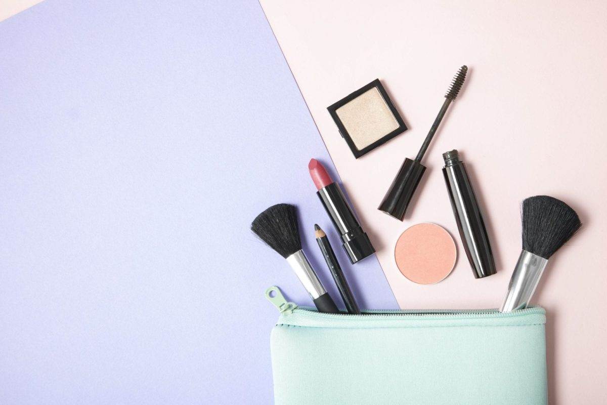 How to Pack Your Beauty Bag