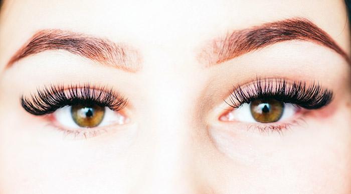 Spotlight on RevitaLash: Eyelash Growth Serum, How Does It Work?