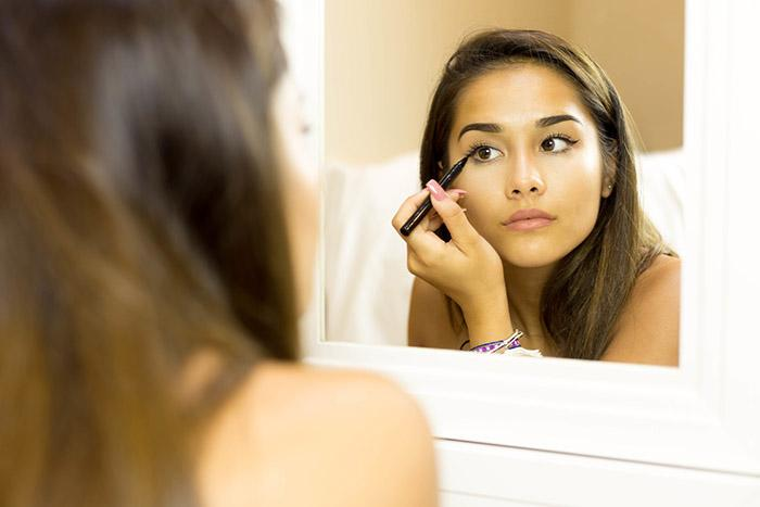 5 Tips on How to Get That Perfect Cat Eye