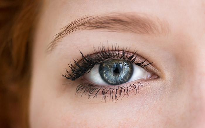 Makeup Tips and Tutorials Just for Blue Eyes