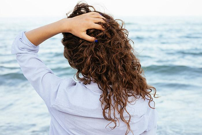 Hair Texturizing, Finishing, and Styling Sprays: What's the Difference?