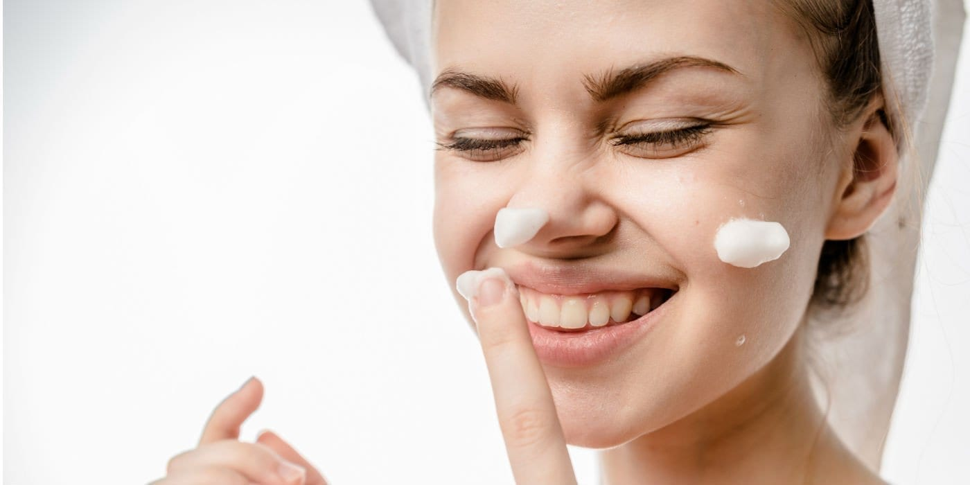 How to Create a Routine with Healthy Skin Care Products
