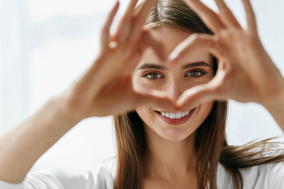 Your Secret to Gorgeous Eyes image