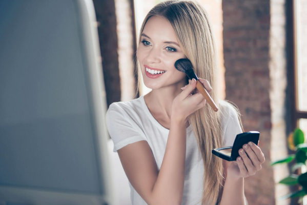 Using the Perfect Foundation for Oily Skin image