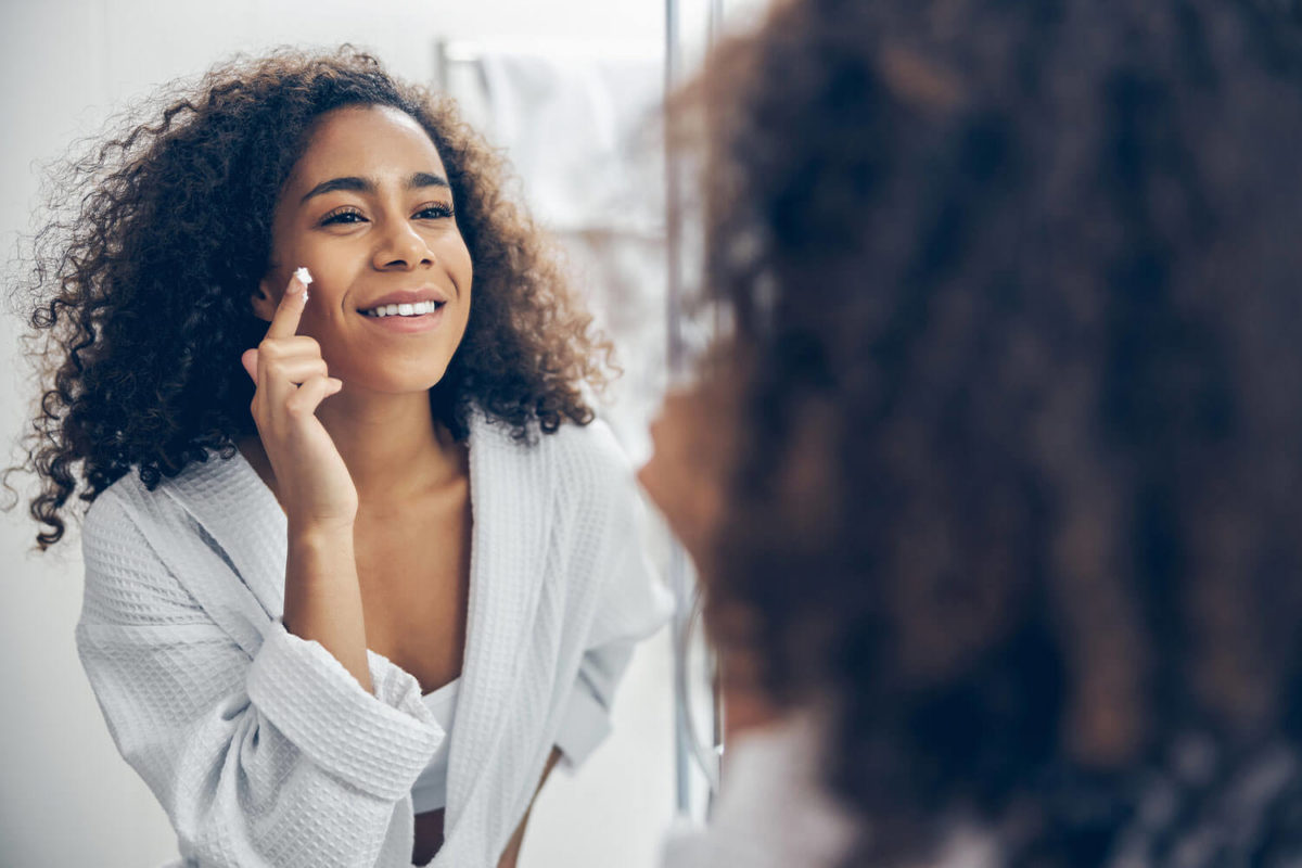 Niacinamide and Vitamin C: The Perfect Skin Care Combo image